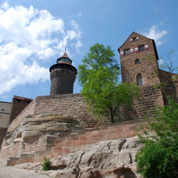 Nürnberg Nuernberg Kaiserburg Kunigundenkapelle Sinwelturm
